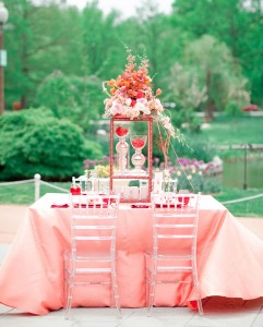 coral-and-poppy-red-inspired-tablescape