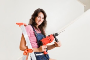 woman-with-electric-drill(1)
